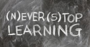 Intensywny kurs języka angielskiego dla seniorów od podstaw (lektor polski)