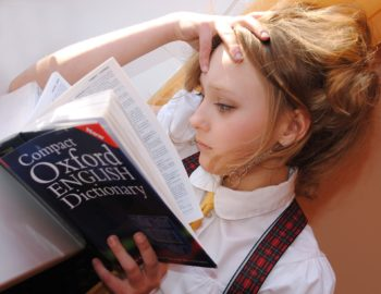 """Kurs języka angielskiego dla nastolatków (12-14 lat) - B2 """"Upper-Intermediate"""" z lektorem polskim online"""