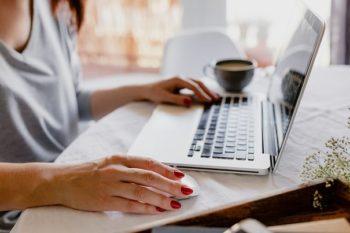 Nauka języka angielskiego i języka biznesowego na platformie online Multikurs bez ograniczeń