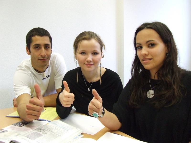 Nauka języka angielskiego dla dorosłych online lub stacjonarny
